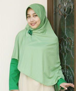 awas ternyata trend model cara memakai jilbab cewek sekarang salah sedekah do 39 a. Black Bedroom Furniture Sets. Home Design Ideas